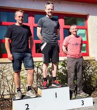 vets-podium